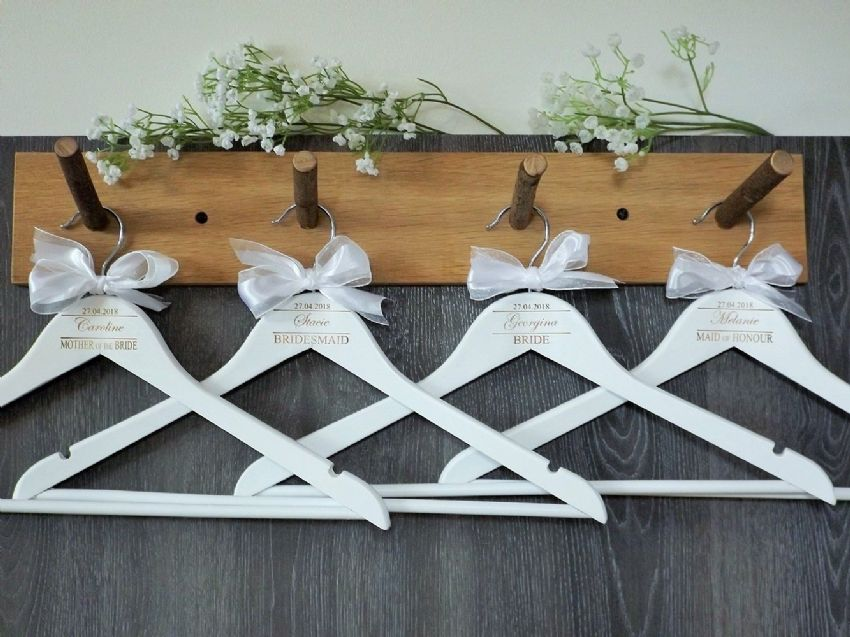 Personalised White Wooden Wedding Hangers Set of 8 with Bow (D2)